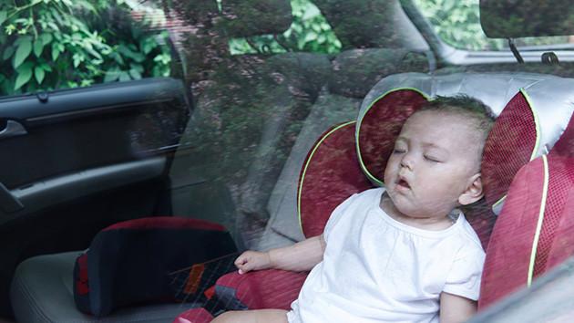 baby-sleeping-car630x354.jpg