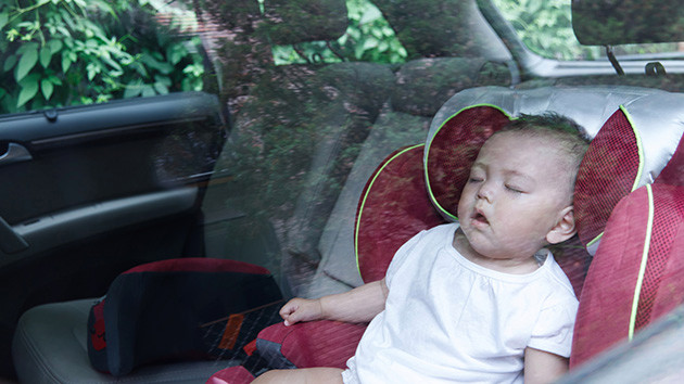 baby-sleeping-car630x354.jpg